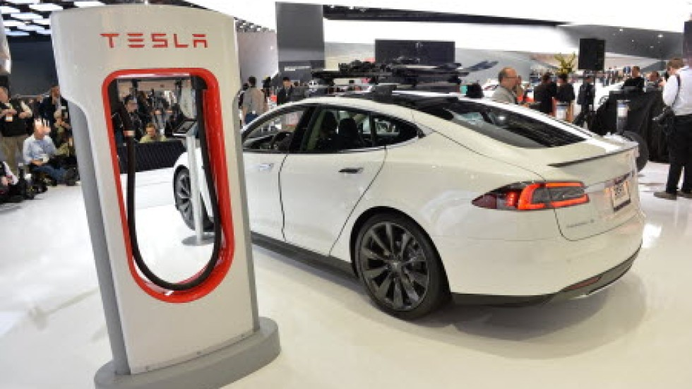 Tesla plans to build a network of car charging stations in china paul bischoff malvernweather Gallery