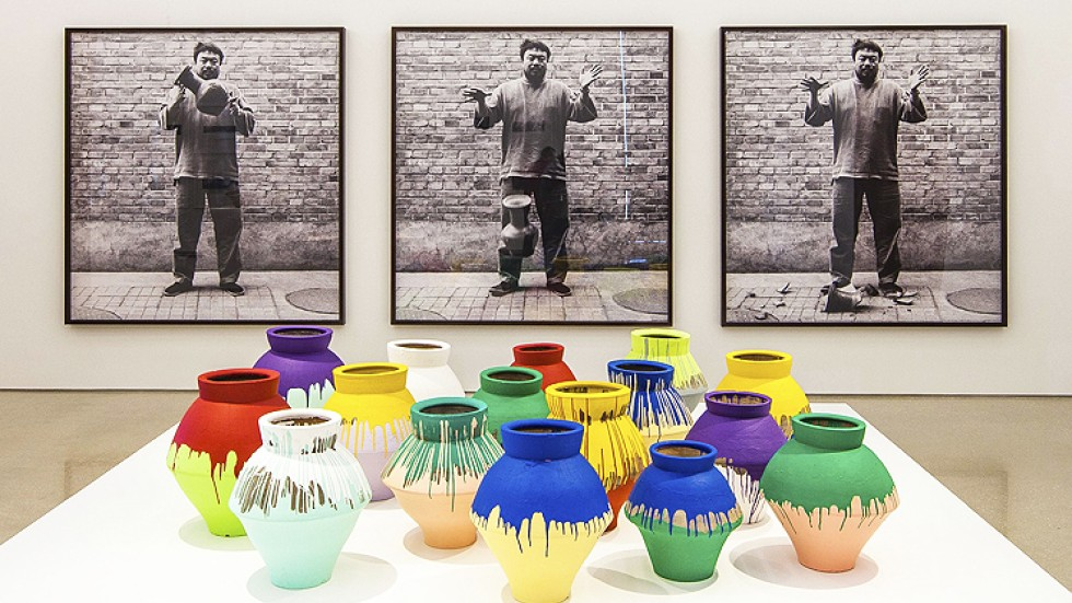 Ai Weiwei Not Amused By Smashing Of Us1m Vase South China Morning