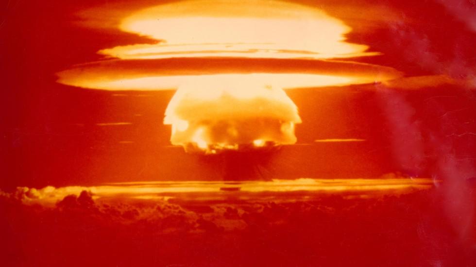 bikini atoll bomb test
