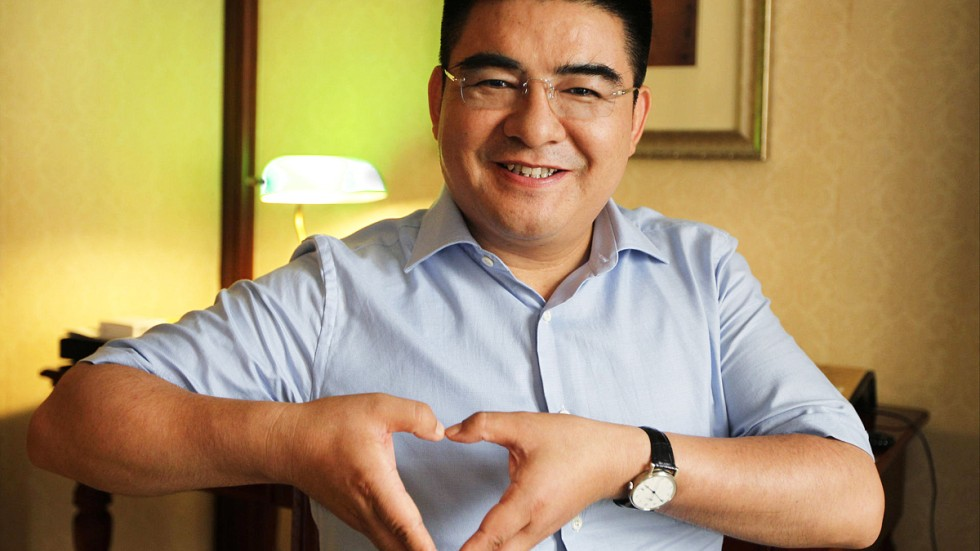 Eccentric philanthropist Chen Guangbiao on a mission in New York ...