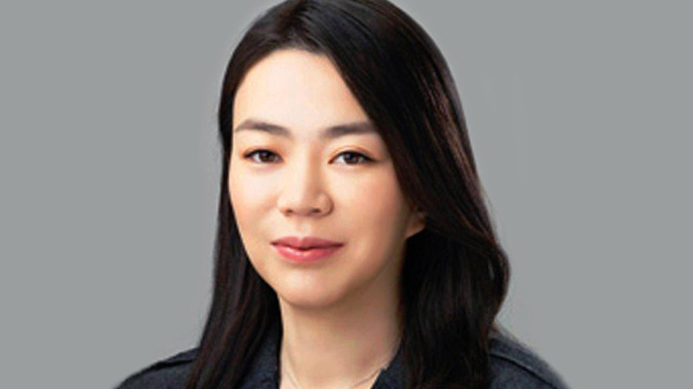 Daughter Of Korean Air Chief Resigns After Kicking Out