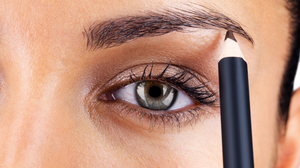 With Less To Frown About Japanese Women Opt For Bushy Eyebrows