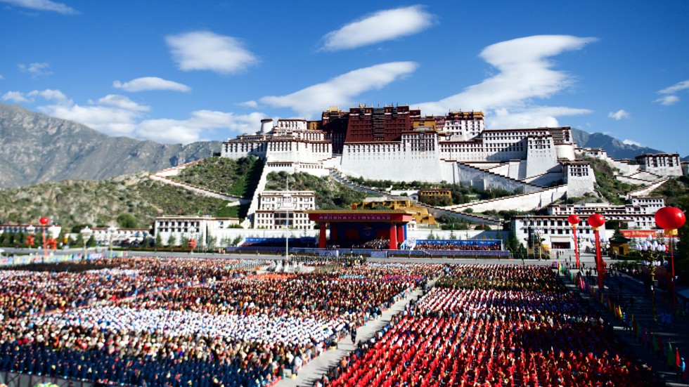 China marks 50th anniversary of Tibetan government with huge rally in Lhasa 1c1b47faec
