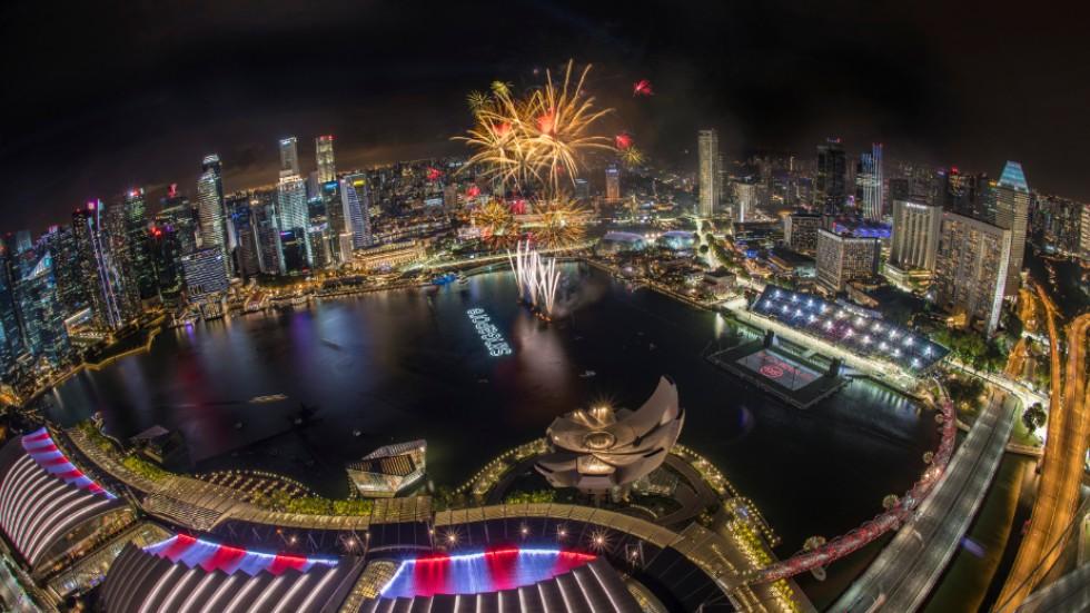 The Light Fantastic Top  Singapore Grand Prix Moments