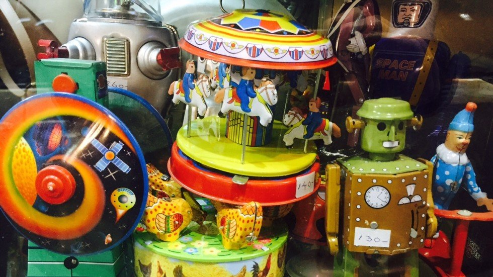 Vintage Toys From The 60s : Hong kong s best kept secrets shop for antique tin toys