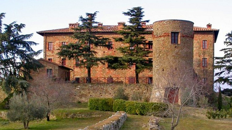 What You Can Buy For The Price Of A Hong Kong Flat An Italian - 6 castles less expensive than an apartment in nyc