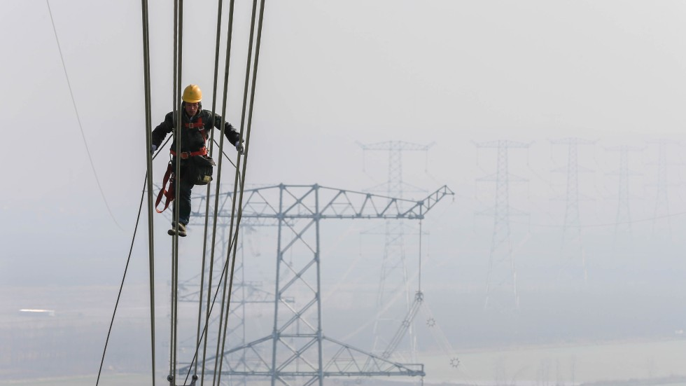 China\'s under-utilised ultra-high-voltage power lines no silver ...