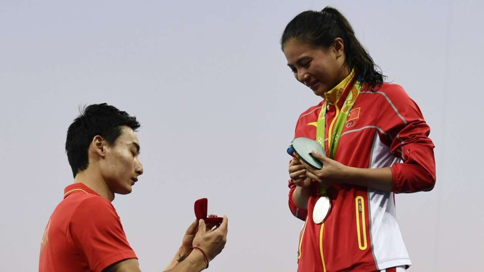 Olympic Rings Chinas He Receives A Marriage Proposal From Her