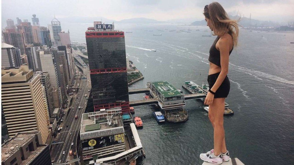 Rooftop Selfies Russian Model Poses On Top Of Some The Tallest