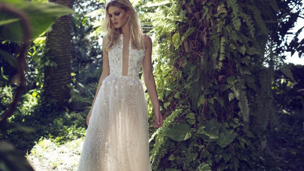 Hong Kong brides choose alternative wedding dress designers for ...