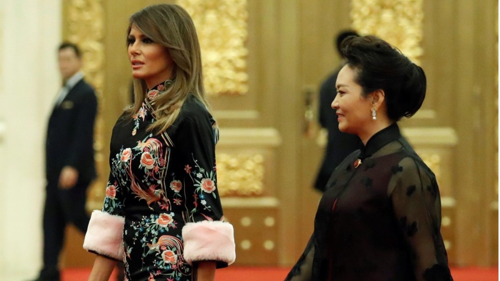 2ddcb3688 Melania Trump takes floral fashion diplomacy to new lengths in China ...