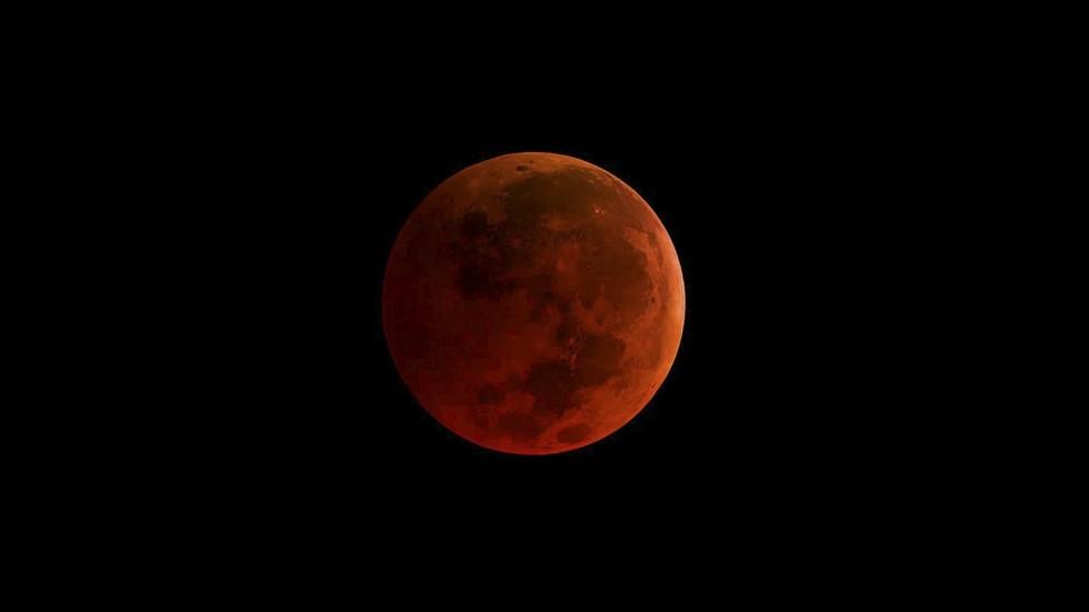 nasa blood moon 2017 - photo #2