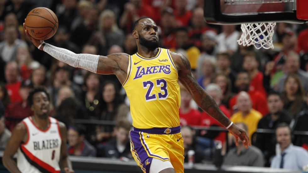 first loses fall James as LA LeBron  with Lakers game they