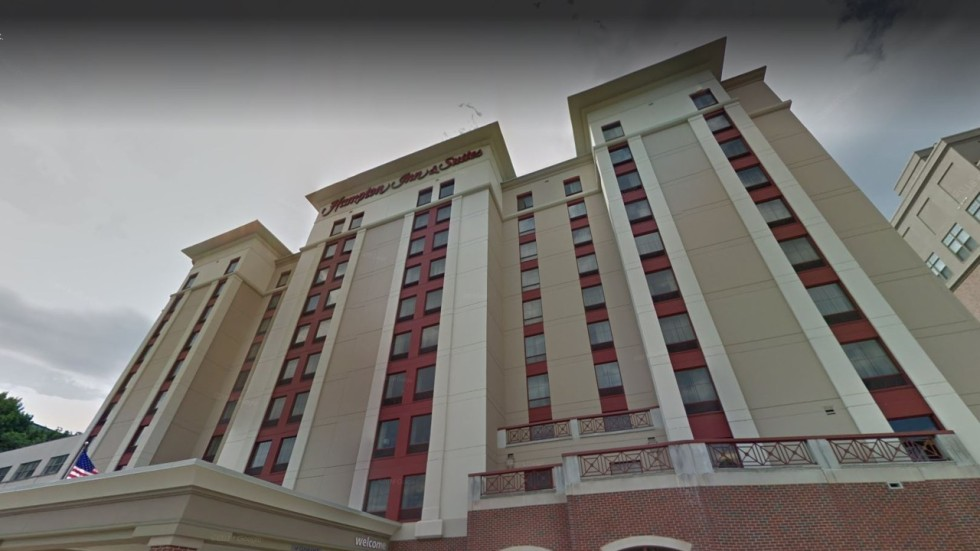 Woman Sues Hilton For Us100 Million After She Was -5107