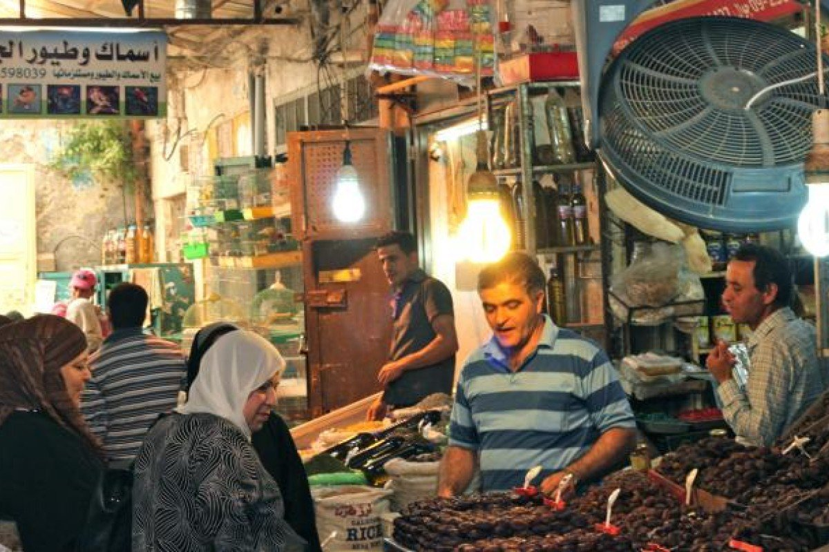 Market stalls in Nablus' old town. Photo: Orlando Crowcroft