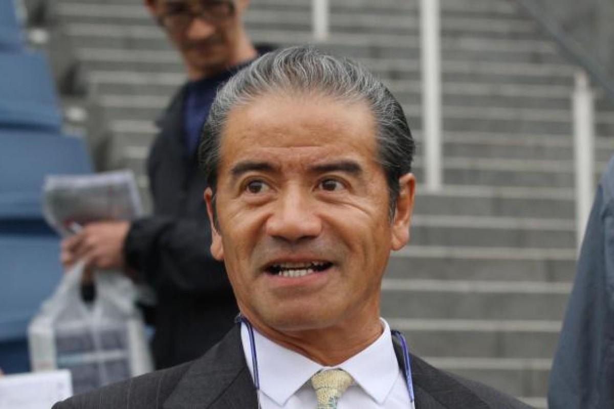 Trainer Tony Cruz