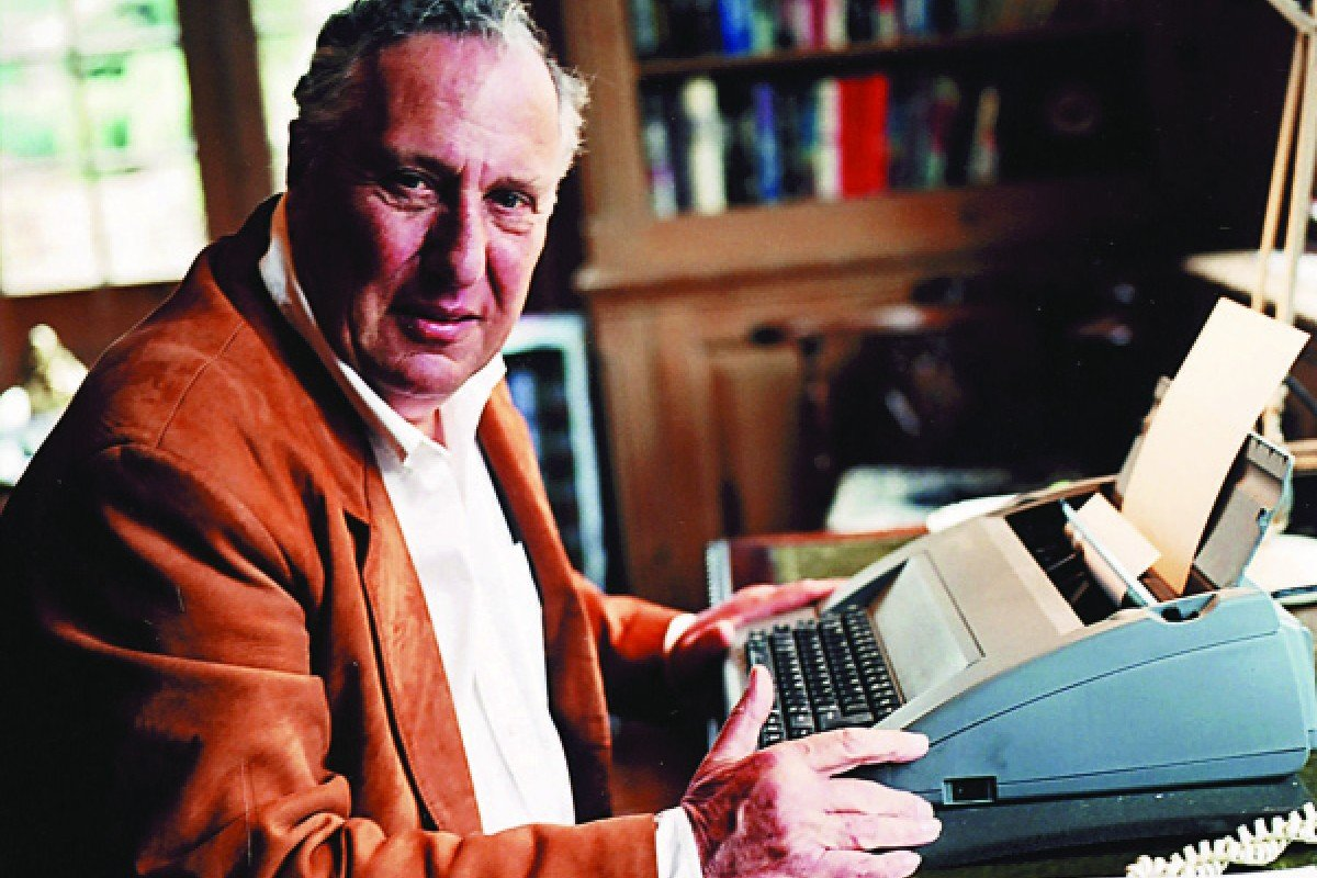 Frederick Forsyth with his trusty typewriter.