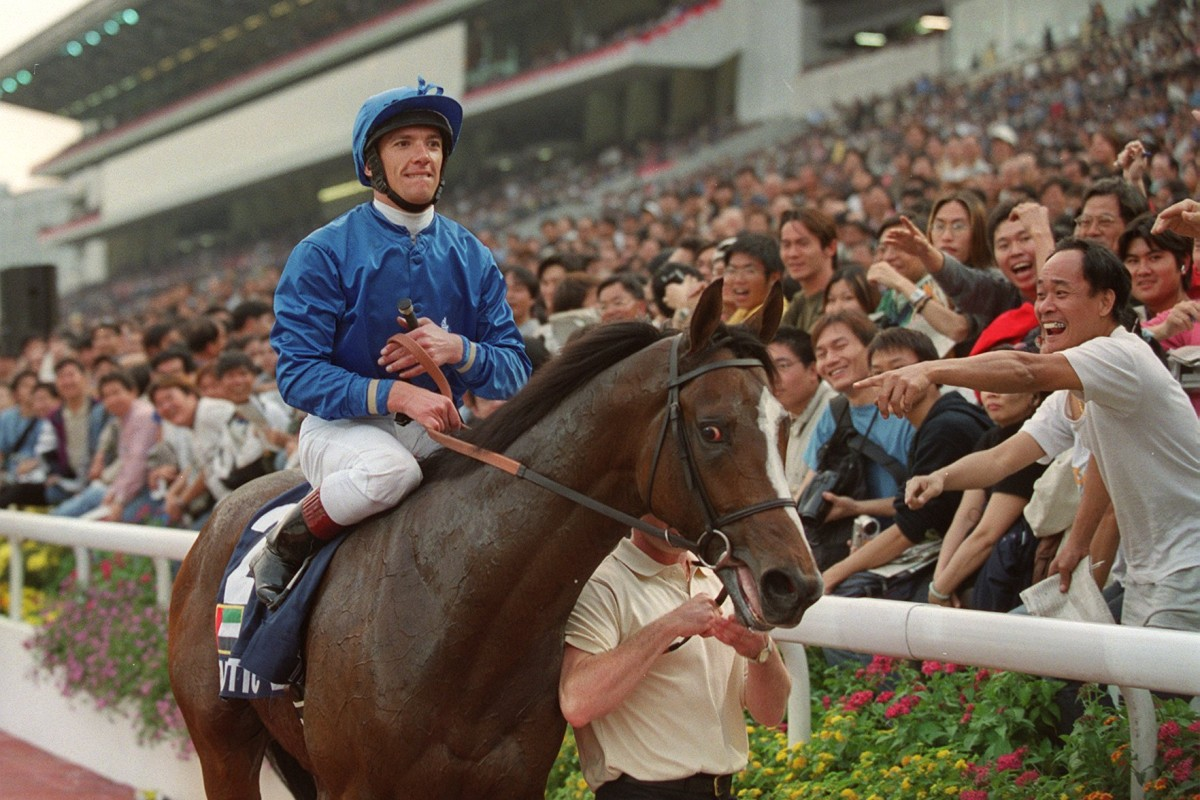 Fantastic Light travelled the world and with jockey Frankie Dettori aboard, won the Hong Kong Cup in 2000. Photo: SCMP Pictures