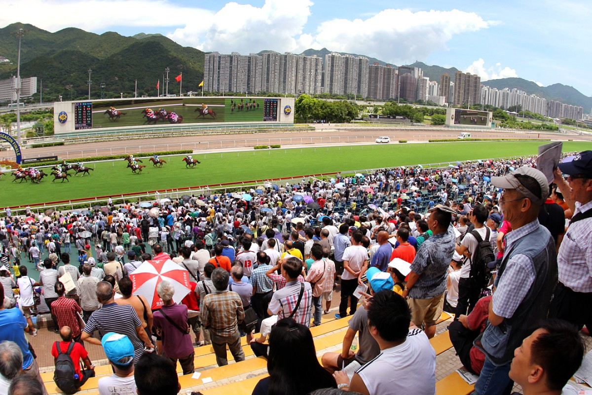"""The term """"racing community"""" finds true meaning in Hong Kong. Photo: Kenneth Chan"""