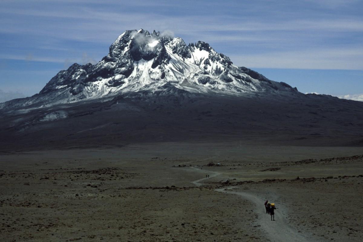 Mount Kilimanjaro, Tanzania. Photos: Chris Taylor; Mark Footer; Corbis; Xinhua