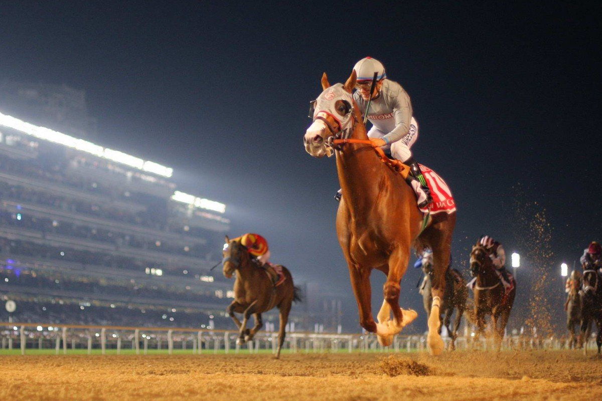 Popular American galloper California Chrome wins the Dubai World Cup easily in front of a packed crowd at Meydan. Photo: Kenneth Chan