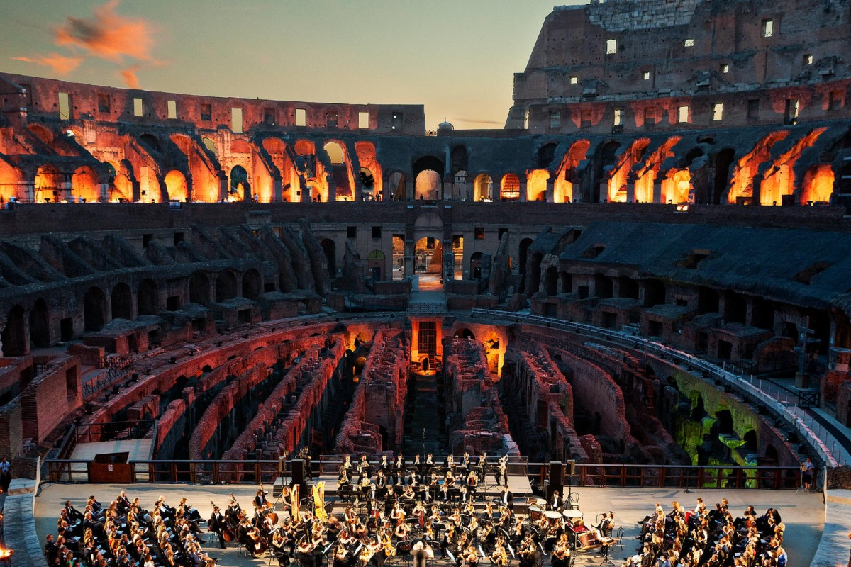 More than 350 guests turned out at the Tod's for Colosseum gala. The brand donated over €25 million towards the restoration project.