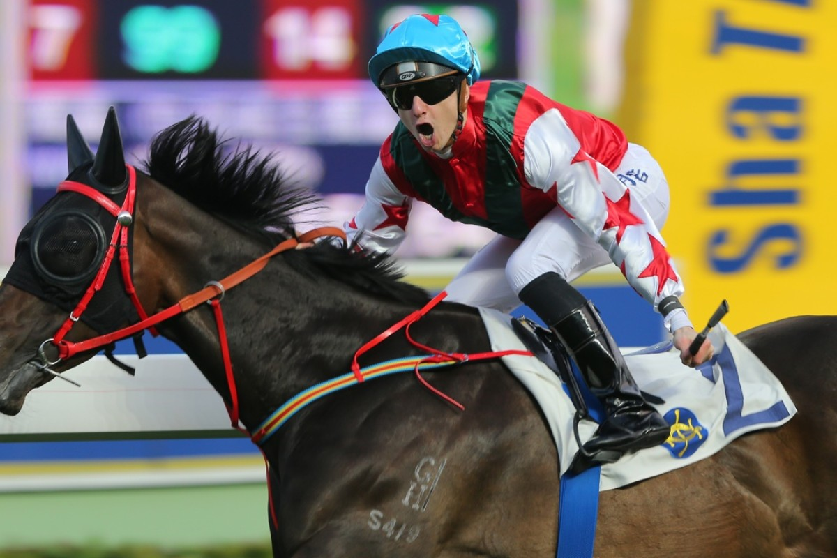 So Fast, ridden by a very happy Frenchman Vincent Cheminaud, wins the last race at Sha Tin. Photos: Kenneth Chan