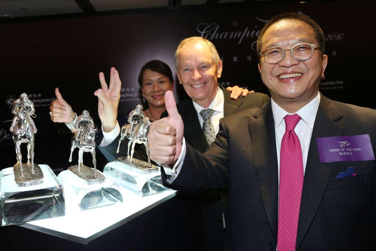 Werther's owner Johnson Chen (front) celebrates winning Horse Of The Year in the Champion Awards on Friday night. Photos: Kenneth Chan
