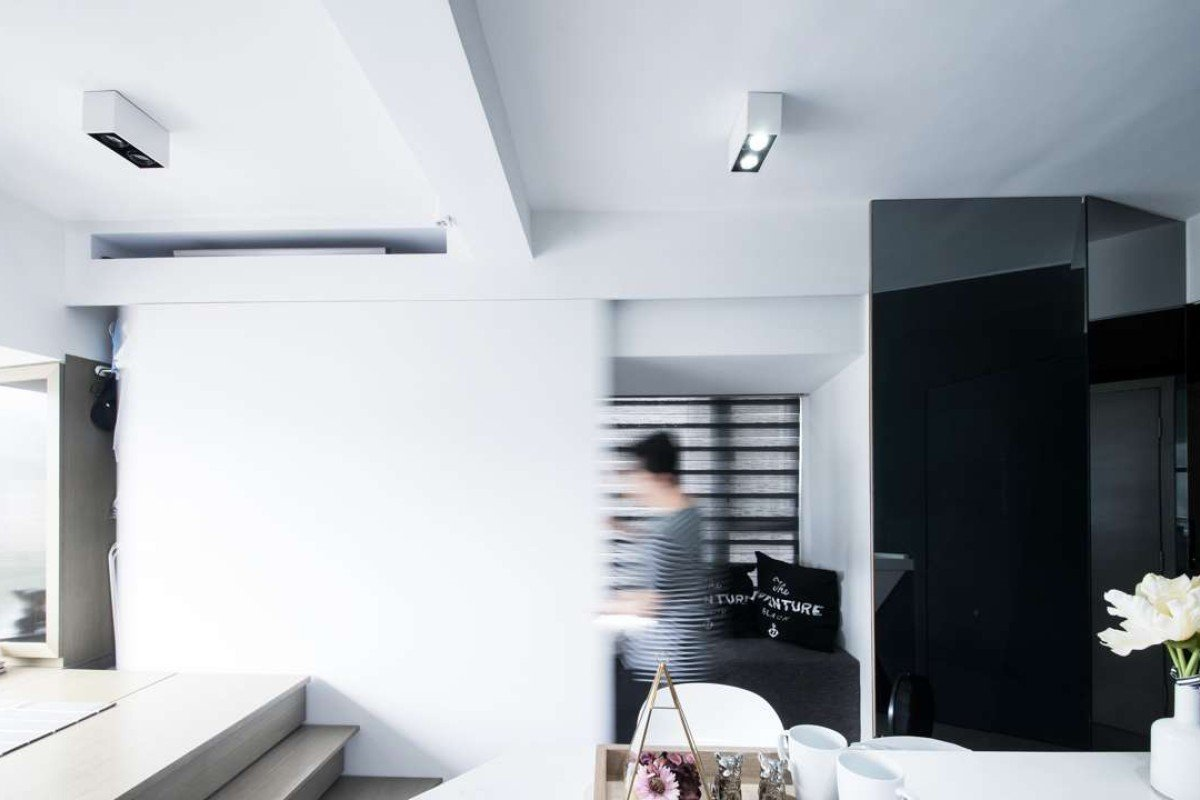 How clever design made 270 sq ft hong kong flat a spacious for Interior design agency hong kong