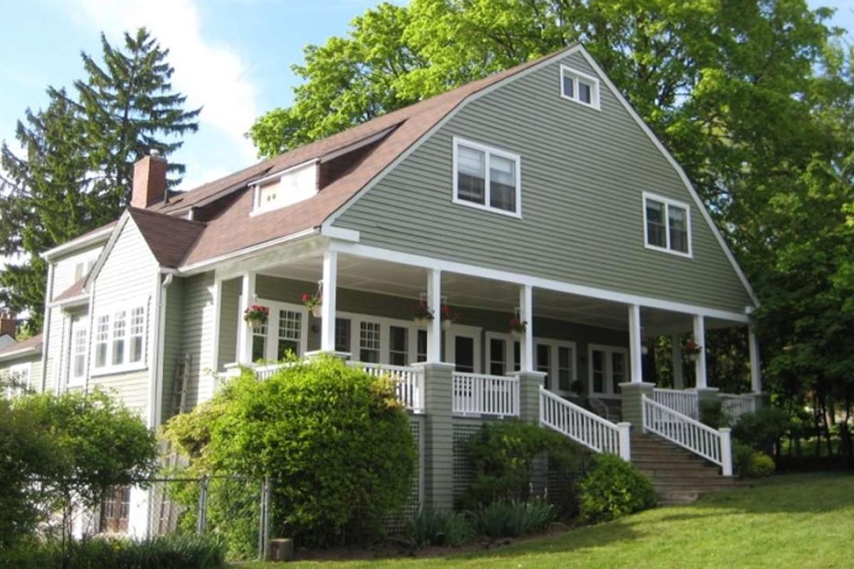 The Johnson family home on Lake Ontario, Canada.