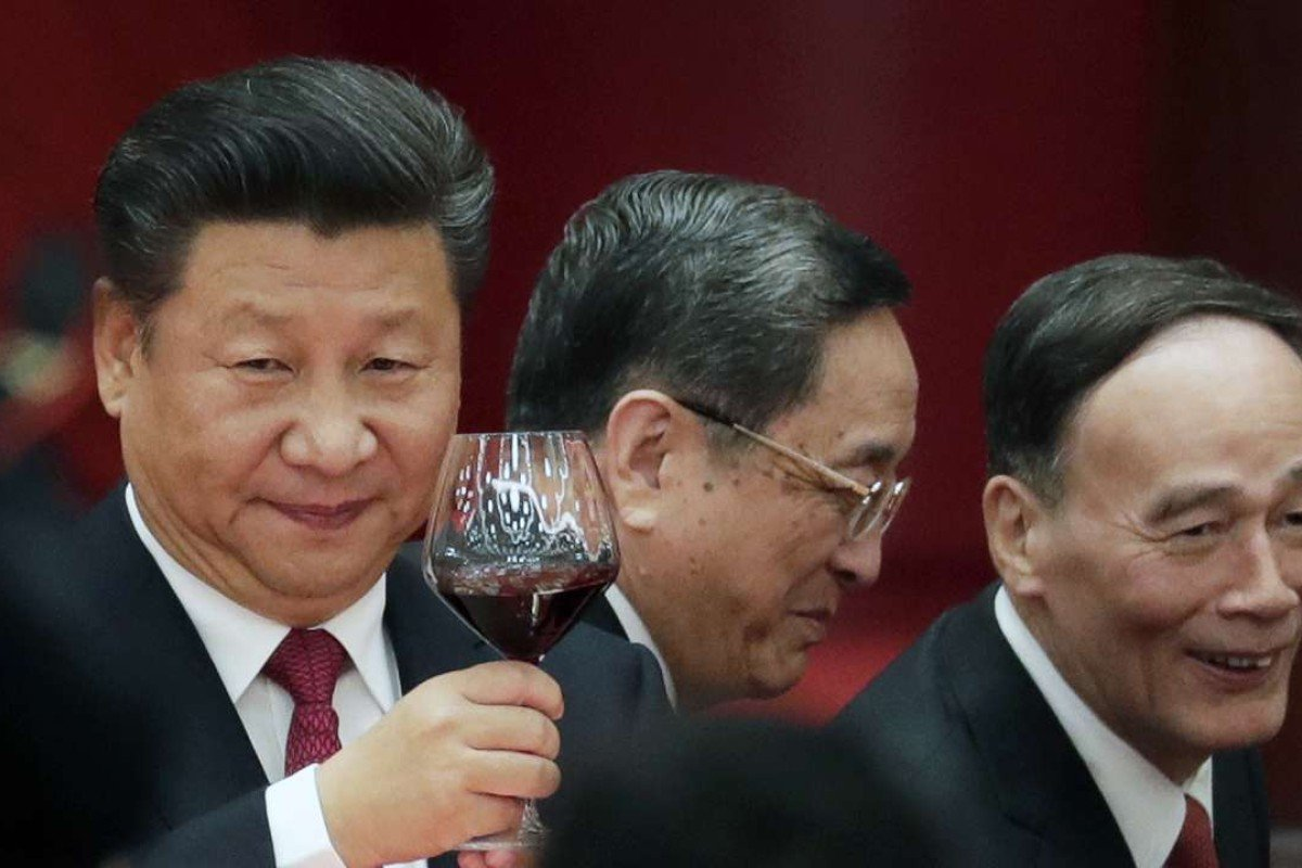 Chinese President Xi Jinping Left Makes A Toast To Mark Chinas National Day On