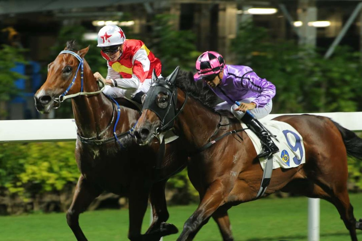 Chad Schofield drives Victory Marvel up the rail to win at Happy Valley last start. Photos: Kenneth Chan