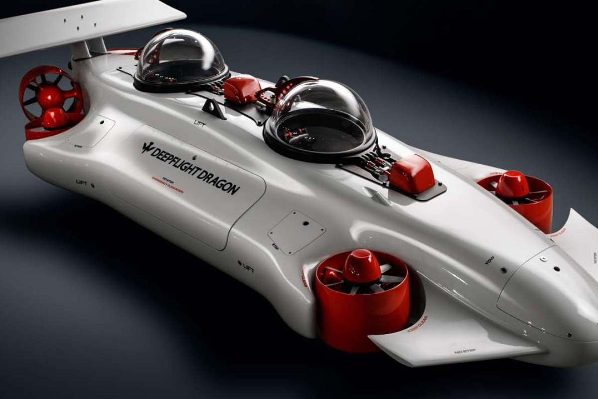 The DeepFlight Dragon submarine is easy to drive and features a hovering function