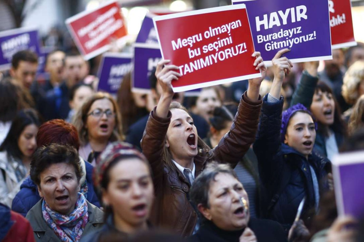 "Protesters shout slogans and hold placards reading ""NO, it is not finished, just starting"", during rally against the referendum results in Istanbul, Turkey. Turkish President Recep Tayyip Erdogan won a narrow lead of the 'Yes' vote in unofficial results. Photo: EPA"