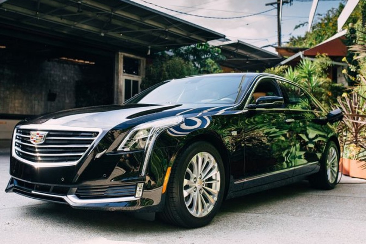 Cadillac S New Ct6 Joins A Growing Field Of Plug In Leviathans Including Bmw 740e