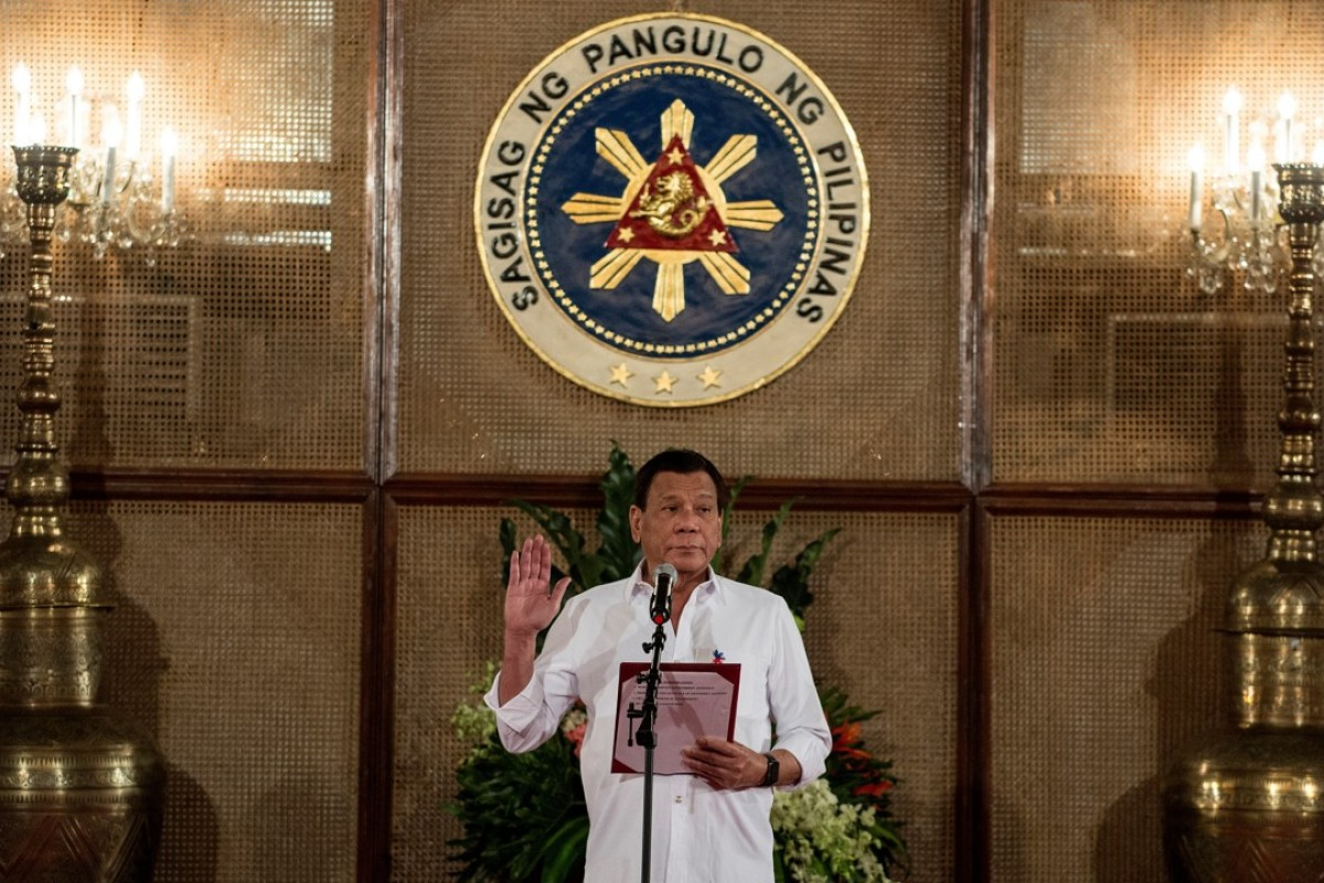Philippine President Rodrigo Duterte officiates a mass oath taking of officials at the Malacanang Palace in Manila. Photo: AFP