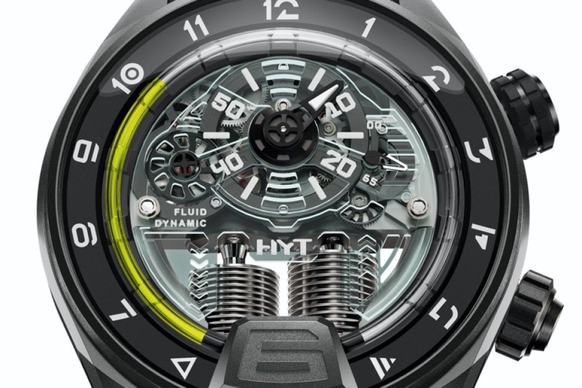 HYT. The H4 Neo is equipped with a light source. Concealed under the dome at 6 o'clock are two purple LEDs. Once activated, they flood the entire dial with light. The innovative watch features the brand's patented micro-fluidic module. Limited to 15 pieces, HK$730,000