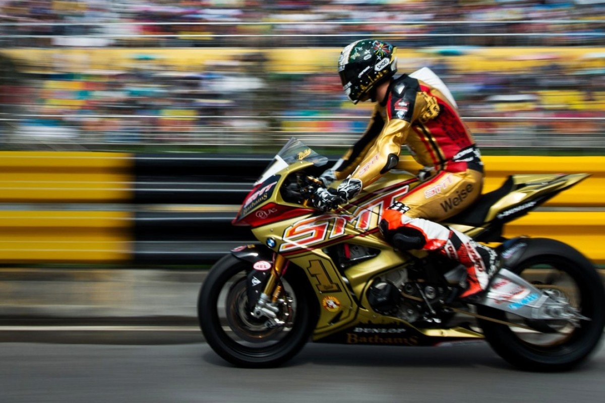 BMW rider Peter Hickman on his way to victory in Macau's Moto GP race in 2016.