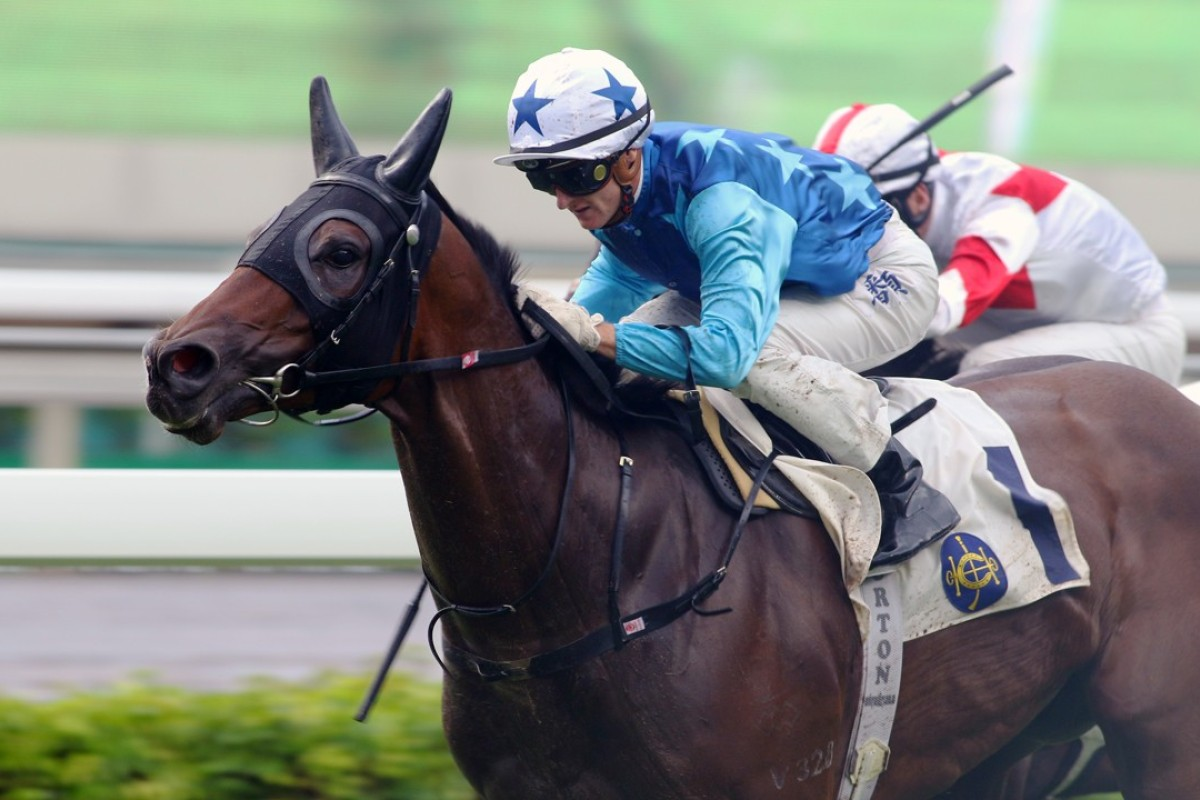 Zac Purton guides Jing Jing Win to victory at Sha Tin on Sunday. Photos: Kenneth Chan