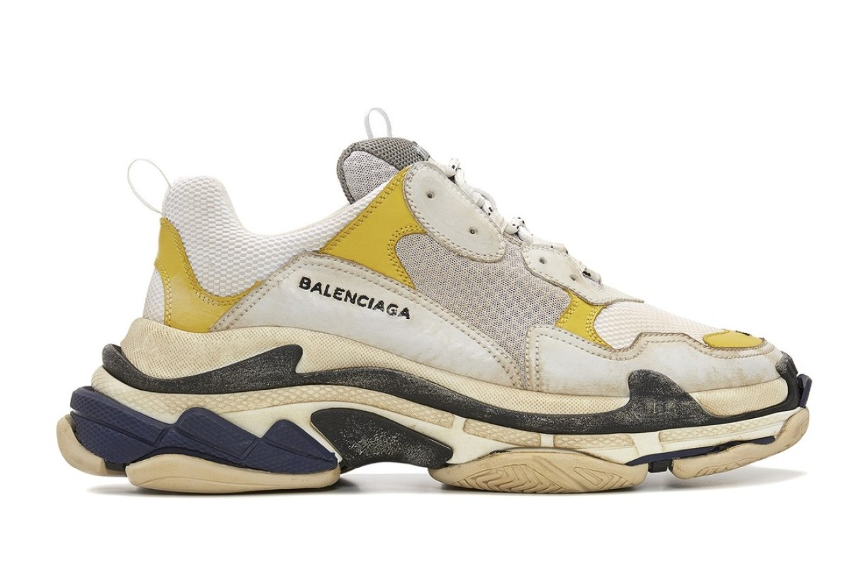Balenciaga Teams up with Dover Street Market on exclusive Triple S Colorway.