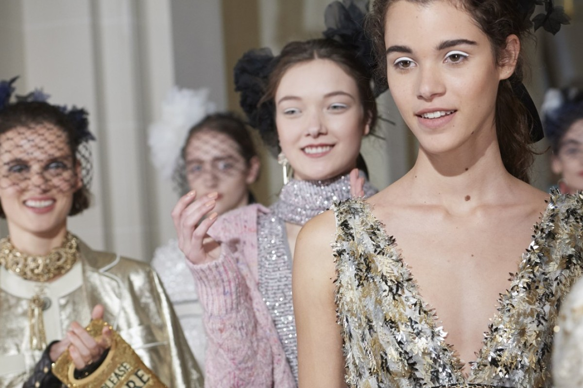 Looks from the Chanel Cosmopolite Metiers d'Art collection.