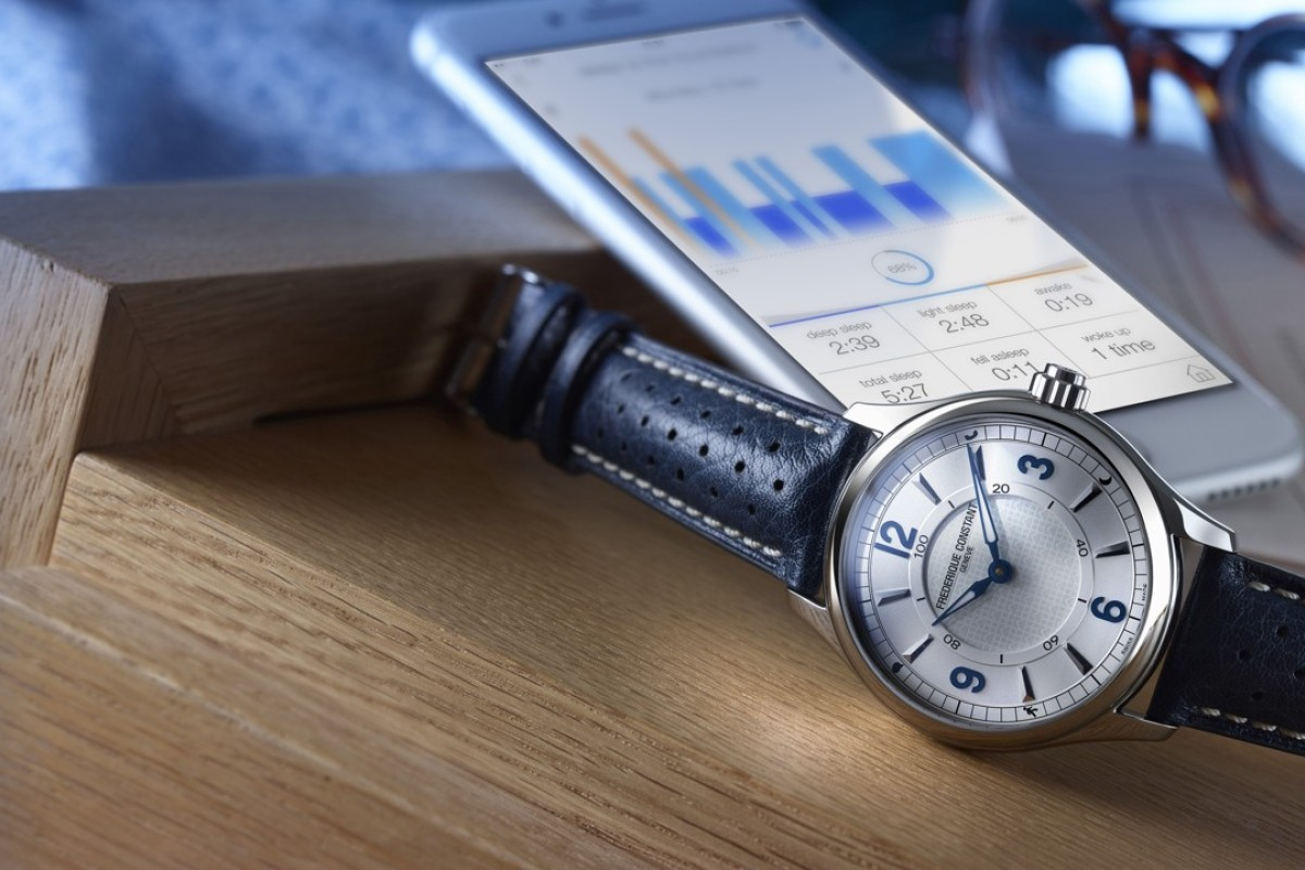 Three Of The Best Hybrid Watches For Those Who Like Form And - Alpina watch price