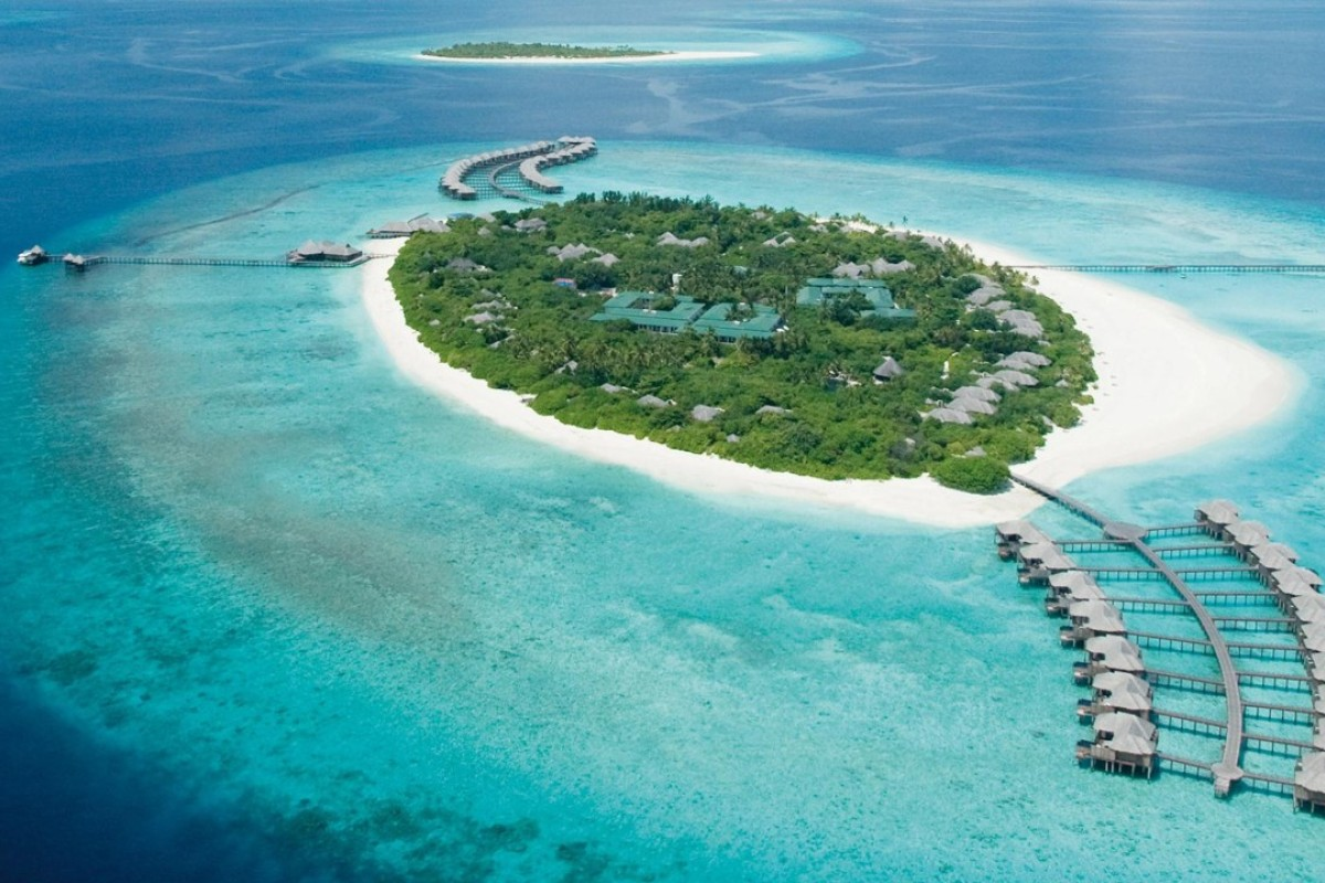 Why Chinese and Indian celebrities love this Maldives ...