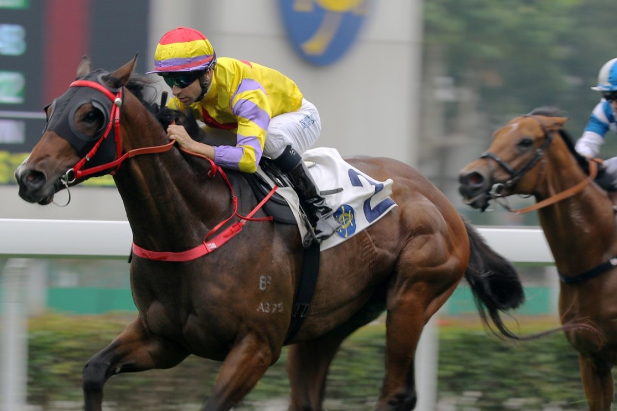 Ping Hai Star streaks away for an easy victory at Sha Tin last Saturday. Photo: Kenneth Chan