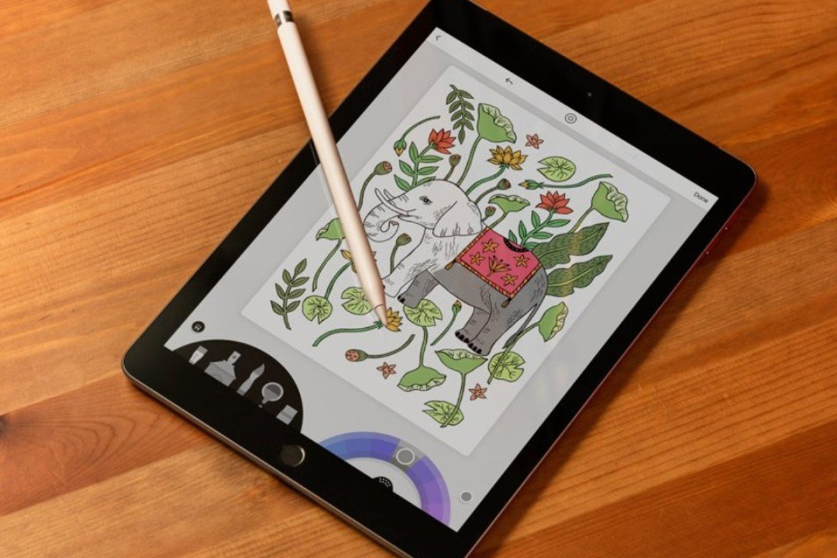 The new Apple iPad and Pencil Photo: Hollis Johnson/Business Insider