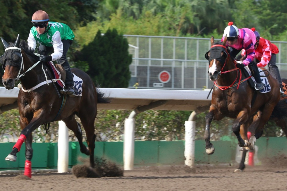 Tommy Berry and Pakistan Star (left) kick clear to win a trial in smart fashion on Friday morning. Photos: Kenneth Chan