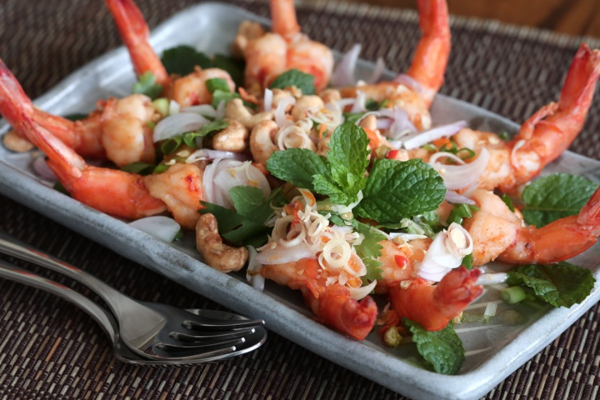 Thai fried-shrimp salad with mint, lemongrass and chillies. Photography: Jonathan Wong. Styling: Nellie Ming Lee