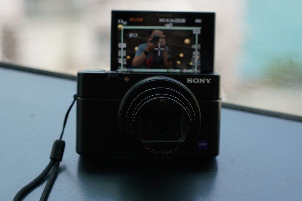 The Sony RX 100 Mark VI compact camera is neat and portable, but you are paying extra for its small size. Photos: Derek Ting