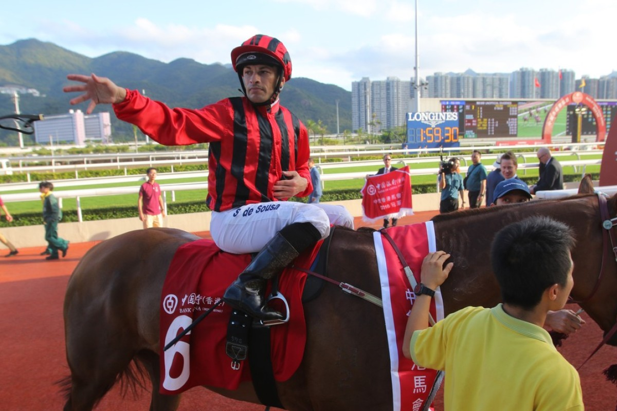 Silvestre de Sousa after winning aboard Eagle Way last month. Photos: Kenneth Chan