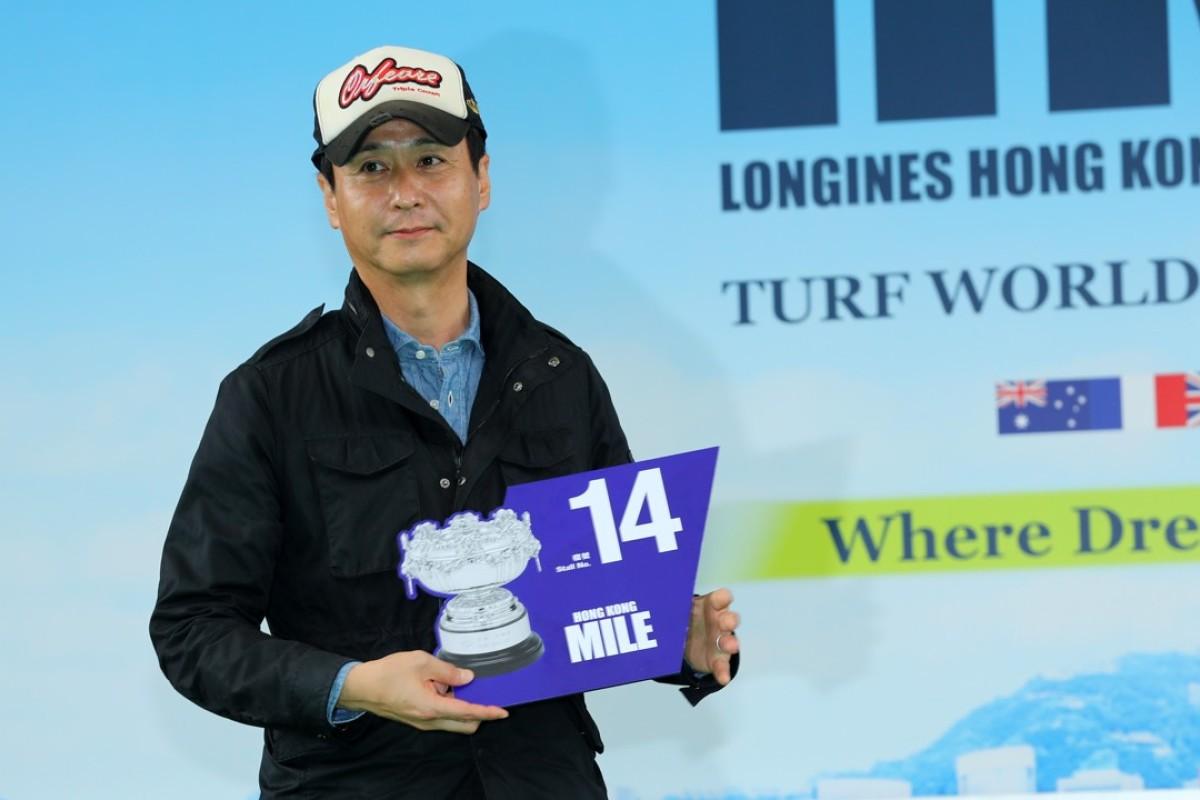 Yasutoshi Ikee draws barrier 14 for Persian Knight. Photos: Kenneth Chan
